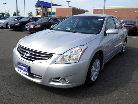 Carmax - Nissan Altima Once Again Most Popular Vehicle ...