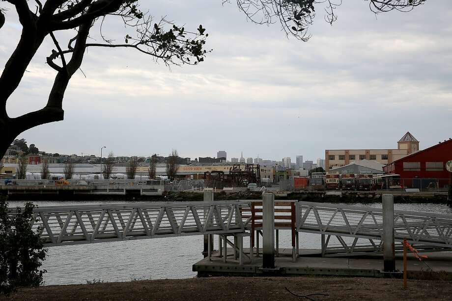 Proposed site of the Warriors arena is waterfront along Islais Creek on the north side in San Francisco, Calif., on Thursday, October 15, 2015. Photo: Liz Hafalia, The Chronicle