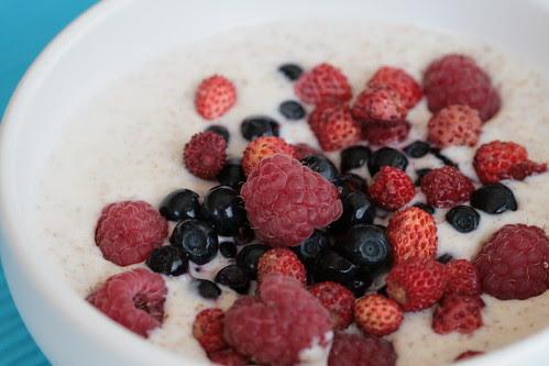 Kama with berries / Kama marjadega