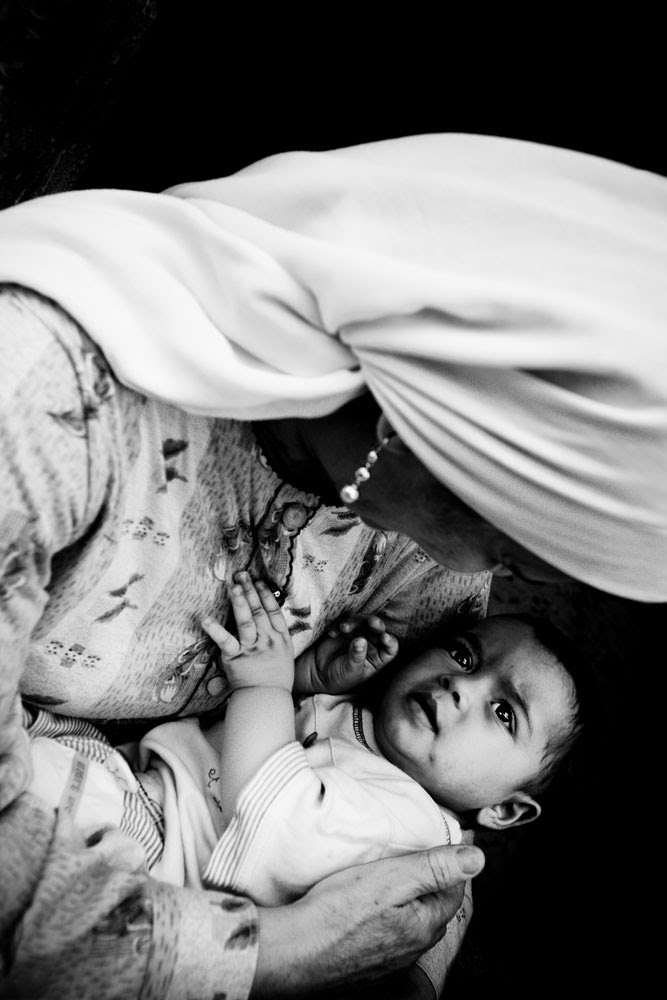 Zoriah_gaza_refugee_camp_mother_-child_palestine_israel_war_conflict_08_12_08_G6Y8504-Edit