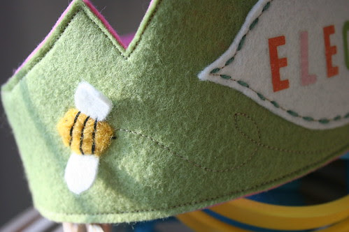 bumble bee ---