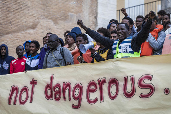 Refugees protest against anti-migrant feeling in Italy