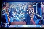 Polisi Tangkap Puluhan Penjarah Toko Pakaian di Depok