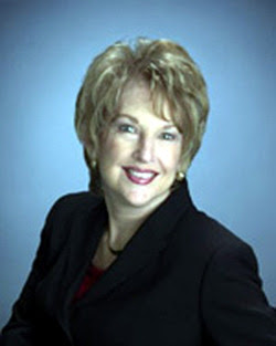 Image of Maxine Kenneth