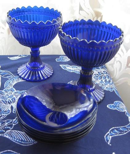 sinistä-lasia1