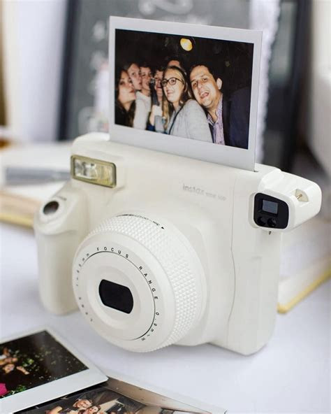 Fujifilm Instax Film Wide 10 Sheets. Instant Film White