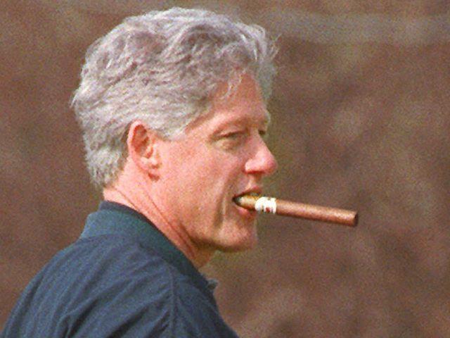 Bill-Clinton-cigar
