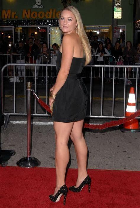 Elisabeth Rohm   ? Leg Show 2 ?   Pinterest   Calves