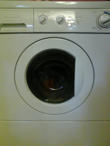 9am laundry