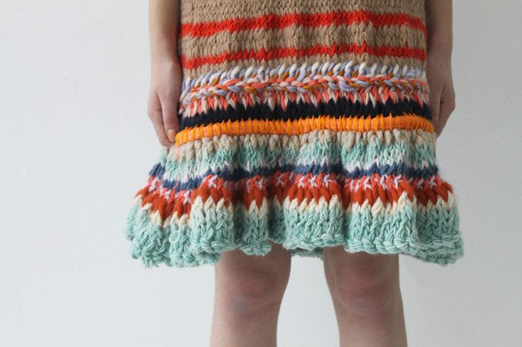 Caroline Kaufman : : great inspiration for mixing yarn colors/textures