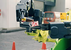 robokiyu-robot-drink Robotic Body Scoopers: Bring Out Your Dead picture