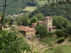 Santuario  los martires de Valdecuna    Insierto  Mieres  Asturias