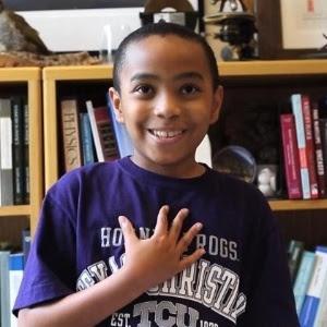 Com apenas 11 anos, Carson Huey-You está no primeiro semestre da Texas Christian University