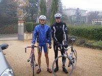 Julien et moi, sous la pluie, en decembre