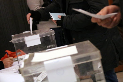 A polling station in the last Catalan election (by Núria Julià)
