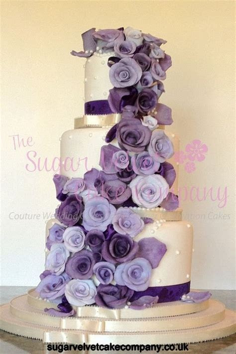 Best 25  Purple wedding cakes ideas on Pinterest   Purple