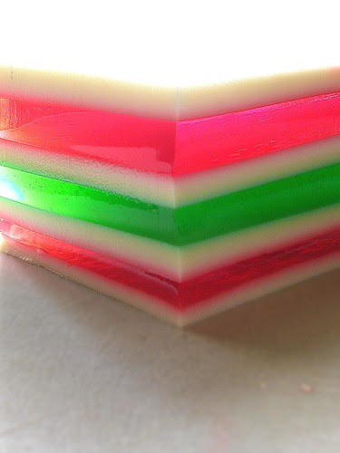 neon stripey gelatin