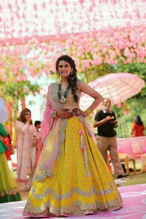 Yellow Lehenga with pink Dupatta   Photo Gallery