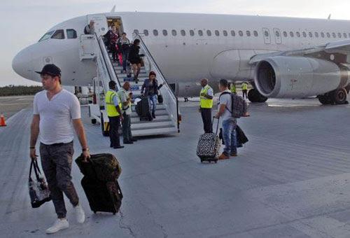 Cuba recibió en lo que va de 2015 a tres millones de visitantes internacionales, para un 18 por ciento de crecimiento frente a igual etapa del año anterior, reportó hoy el Ministerio de Turismo (Mintur). ACN FOTO/Miguel RUBIERA JUSTIZ