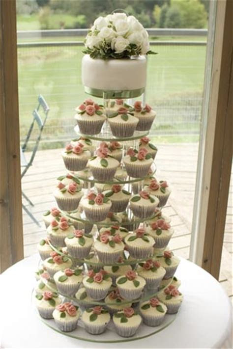 WEDDING CAKES Derbyshire Nottinghamshire   Order your