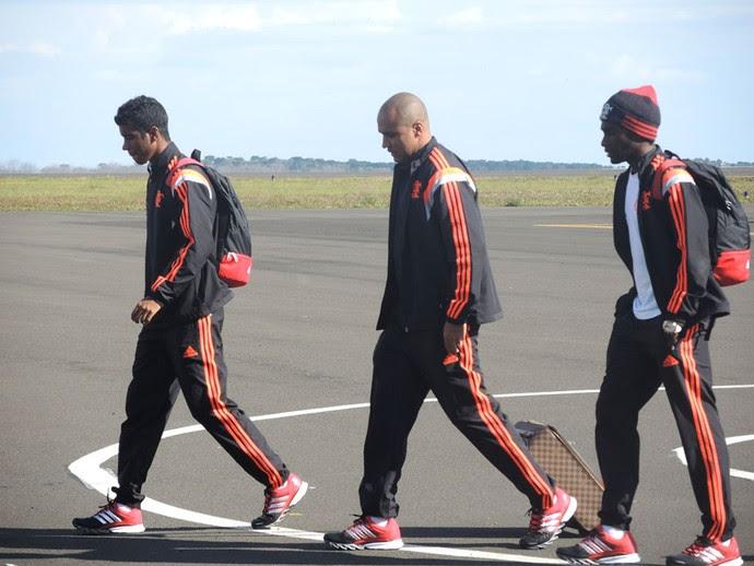 Hernanes Desembarque Flamengo Santa Catarina (Foto: Cahê Mota)