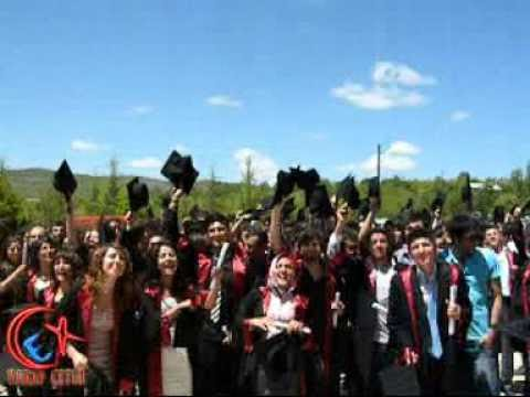 Bozkır Meslek Yüksek Okulu 2010-2011 Yılı Mezuniyet Töreni Kep Fırlatma Etkinliği