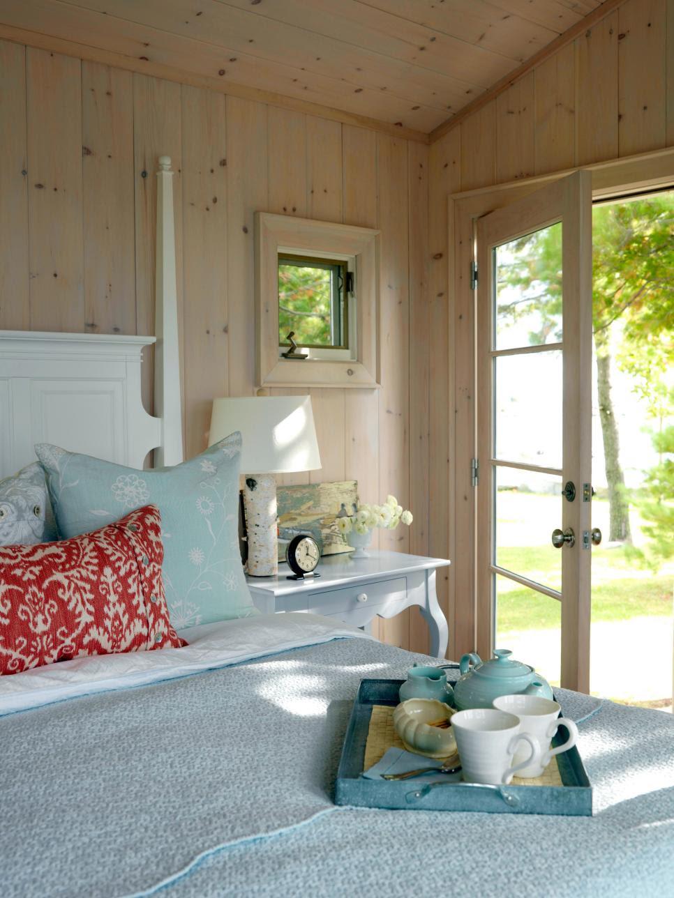 7 Guest Bedroom Design Ideas | HGTV