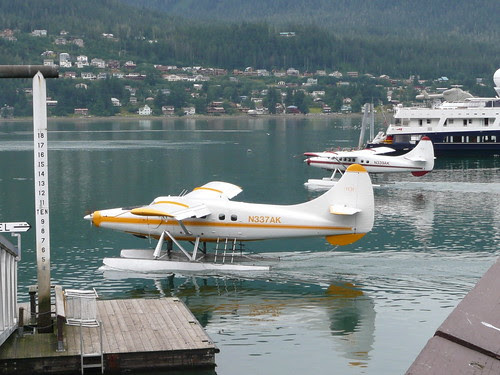 Alaskan floatplanes