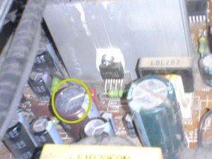 capasitor-2200-uf50-volt-vertikal-output-mainboard-televisi-sanyo-300x225