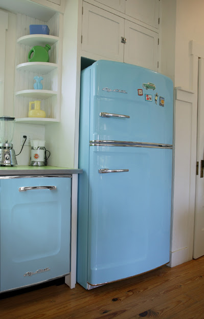 The Big Chill: Cool Retro Refrigerators  Hooked on Houses