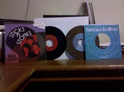 "Sticks N Stones - Red Light 7"" & Is It You? 7"" by factportugal"