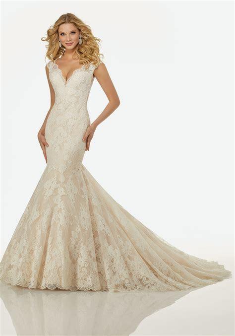 R3411   Serenity Brides