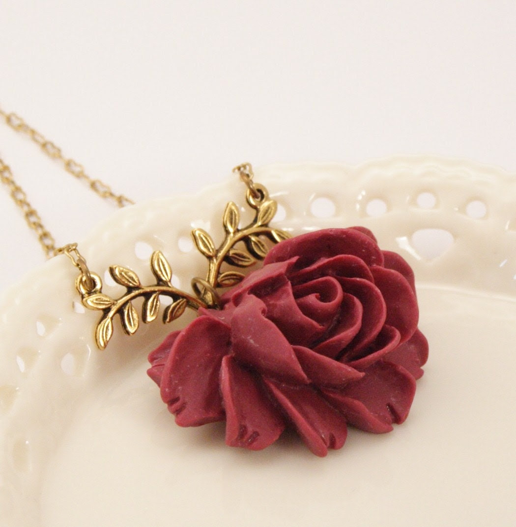 Madelaine Maroon Rose Necklace