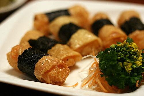 Deep-fried bean skin roll with prawns (S$4.80)