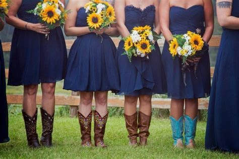 25  best ideas about Navy bridesmaids on Pinterest   Navy