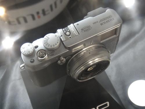 CES2011 FujiFilm FinePix X100 Prototype Hans-on