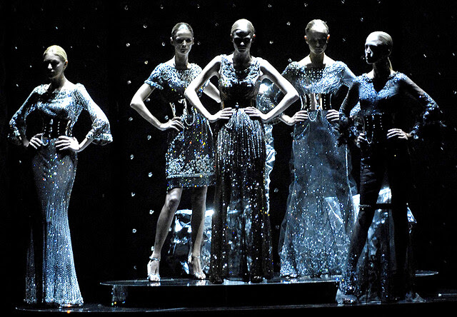 Dolce&Gabbana - strike a pose