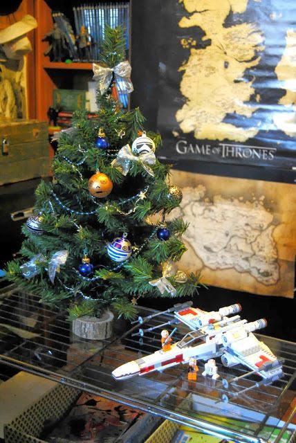 Che meraviglia *W* Un albero di Guerre Stellari!