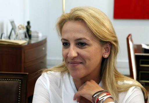 """Στο δρόμο Τατσόπουλου η Ρ. Δούρου: """"Το μόνο που δεν είπαν είναι πως ο Τσίπρας θα σας γαμ... τις γυναίκες"""""""