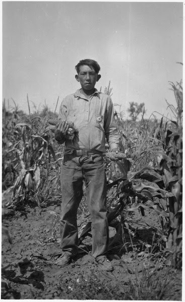 File:Ben Defender Jr with the Alta corn he grew in Kenel District - NARA - 285857.tif