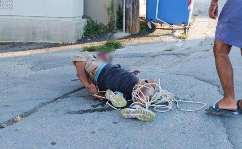 Τον έδεσαν και περίμεναν την αστυνομία- φωτογραφία parakritika.gr