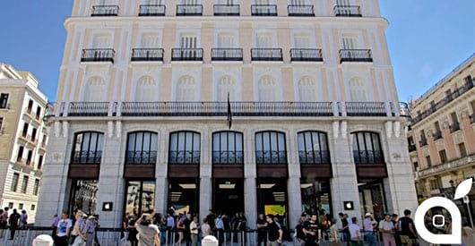apple iphone apple inaugura lo store europeo numero 101