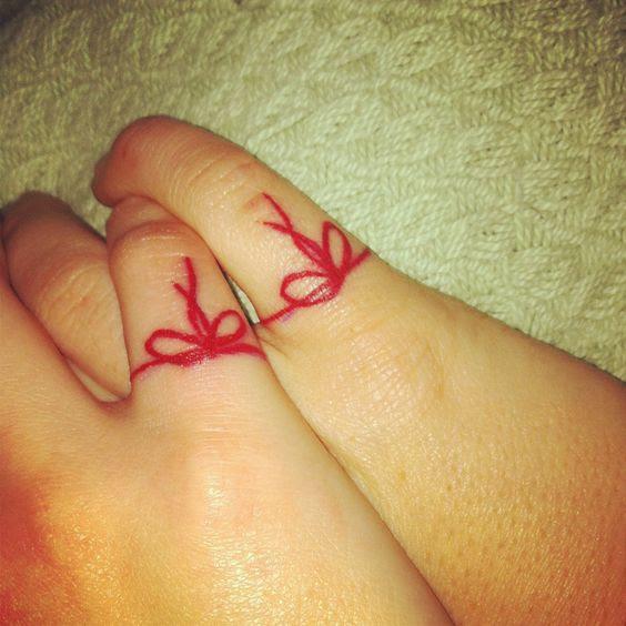 El Misterio De Los Tatuajes Del Hilo Rojo Y Su Leyenda Tatuajes