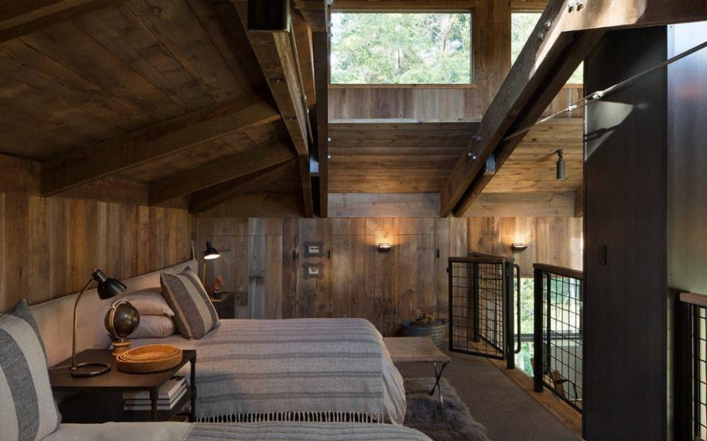 Phòng khách trên gác mái