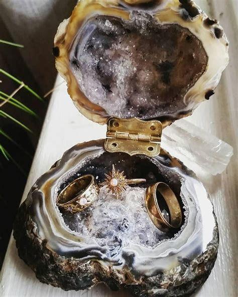 Agate, Geode and Quartz Wedding Ideas