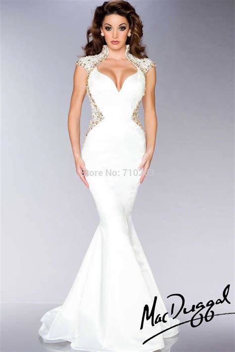 1000  ideas about Wedding Dresses For Tall Women on Pinterest
