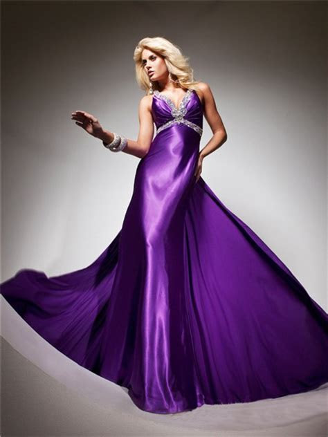 royal queen  neck backless long purple silk beading prom