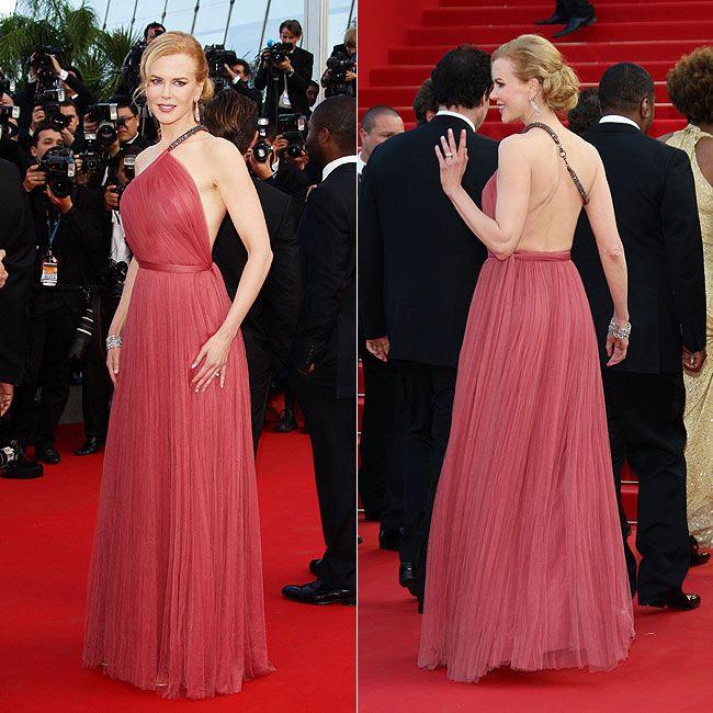 """Com vestido de seda rosa da Lanvin feito sob medida por Alber Elbaz, Nicole Kidman deu o que falar no tapete vermelho que antecedeu a exibição de """"The Paperboy"""". Mais informações em: http://glo.bo/KTKI6e"""