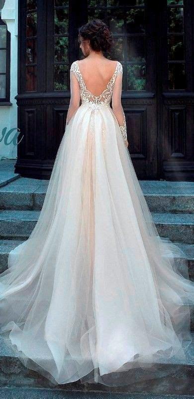 25  best ideas about Flattering wedding dress on Pinterest