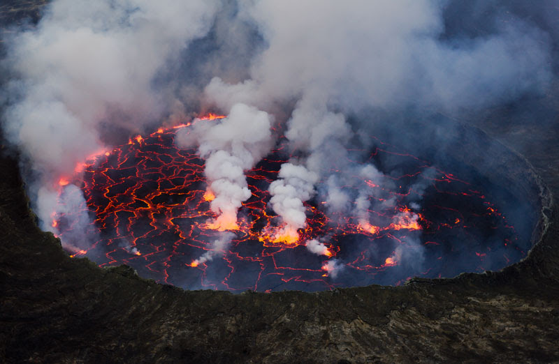 Lava-Lake-Nyiragongo-Volcano-Virunga-National-Park-Eastern-Congo